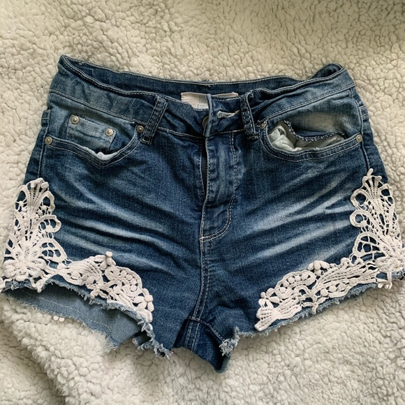 Women's Denim Shorts with Lace